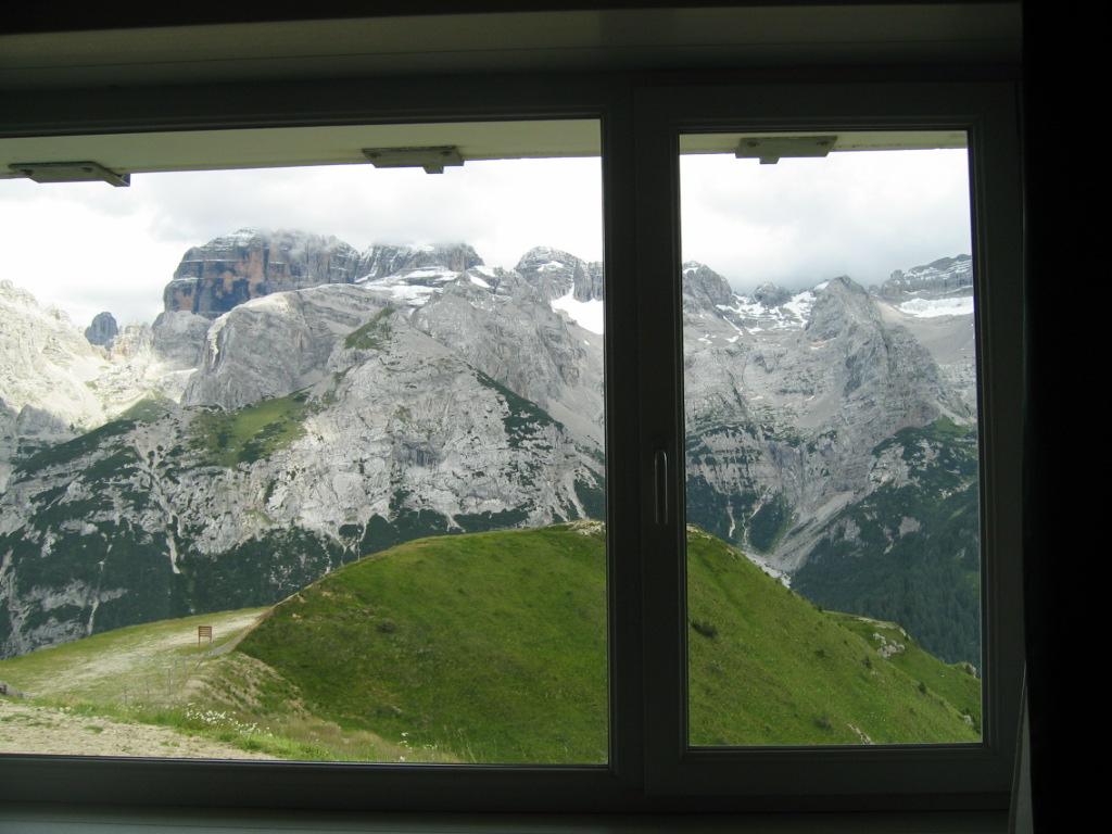 Doss del Sabion views