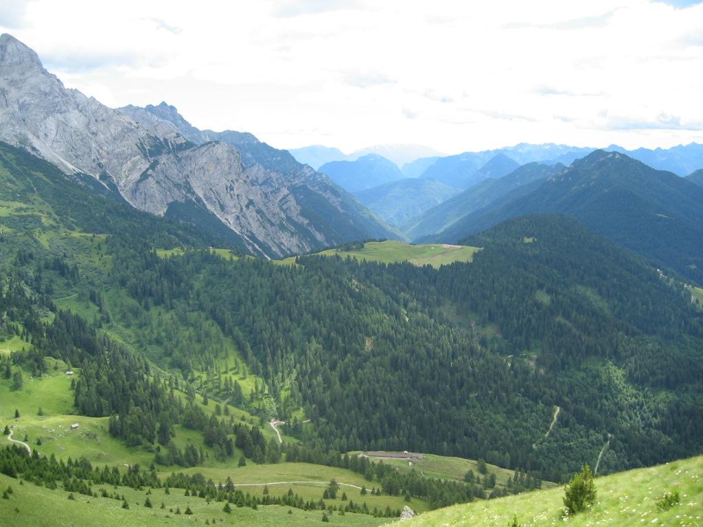 Panorama sul Brenta Val Algone dal Rifugio Doss del Sabion