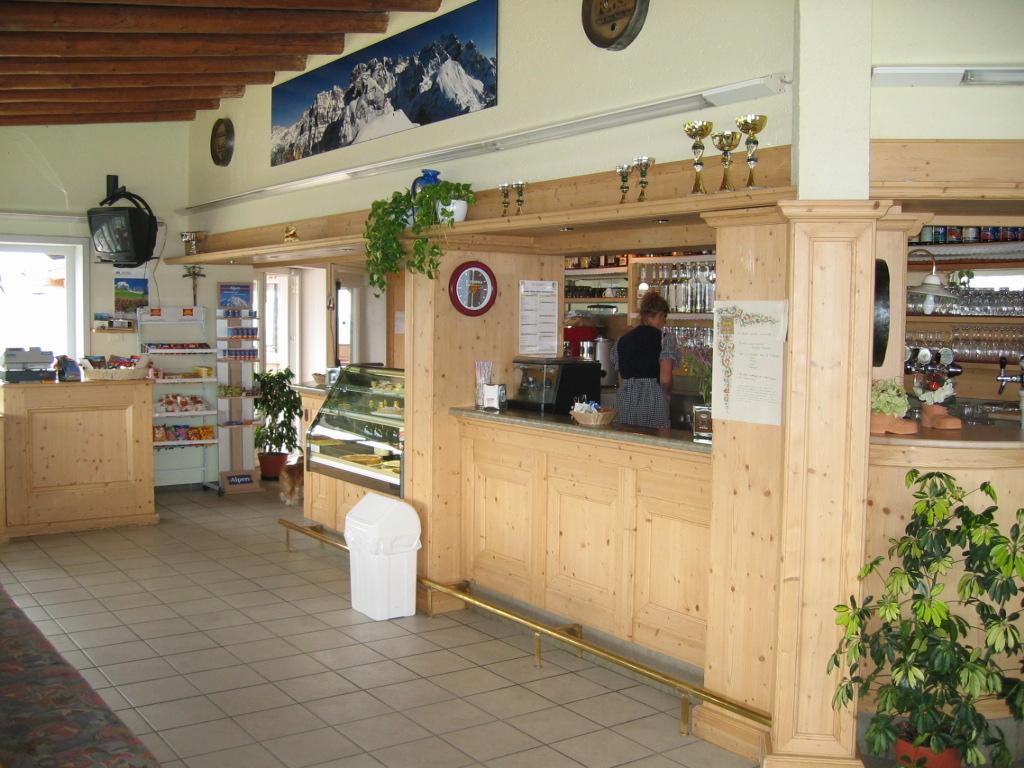 Pinzolo ski area, bar Doss del Sabion